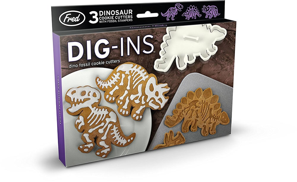 Dinosaurs-shaped cookie cutter.