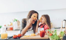 Best Kitchen Gadgets for Mom in 2019: Encourage Your Kids to Eat & Cook