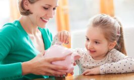 6 Money Lessons You Need to Learn Before Becoming a Mom