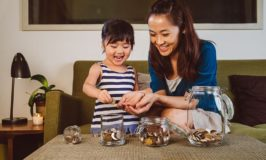 Single Moms Can Get Finances Under Control