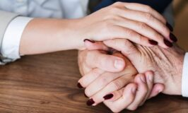 How You Can Support a Loved One Who Is Grieving