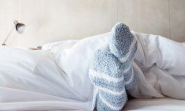 5 Ways to Go to Sleep on a Cold Night
