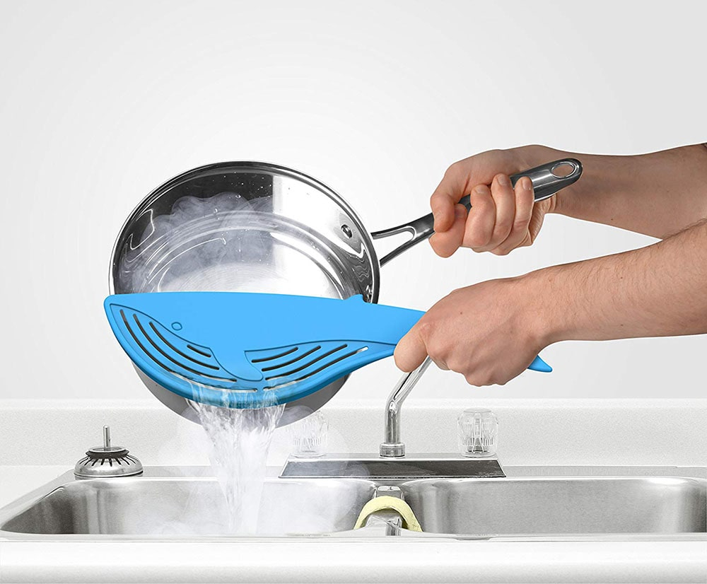 Whale-shaped silicone strainer.